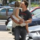 Peter Facinelli Lunches With Daughter and Dave Abrams - June 15, 2016