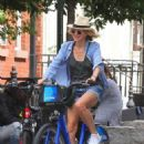 Naomi Watts in Shorts – Bike Ride in New York City