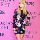 Taylor Swift at Victoria's Secret Fashion Show 2013