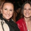 Melissa Etheridge and Linda Wallem - 454 x 255