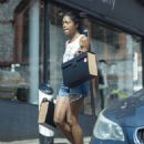 Naomie Harris – Out in North London - 454 x 569