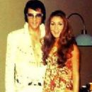 Elvis Presley and Linda Thompson - 196 x 290