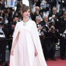 Louise Bourgoin – 'Yomeddine' Premiere at 2018 Cannes Film Festival - 454 x 681