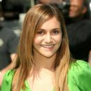 Alyson Stoner - Shrek The Third Premiere