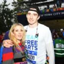 Ellie Goulding and her new beau Caspar Jopling and making their transatlantic relationship work