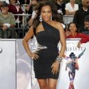 "Vivica Fox - ""This Is It"" Premiere In Los Angeles - 27.10.2009"