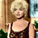 Marilyn Monroe - 366 x 500