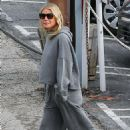 Gwyneth Paltrow – Out in Brentwood