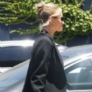 Rosie Huntington Whiteley – Arriving at an art gallery in Santa Monica