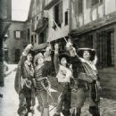 The Three Musketeers - Douglas Fairbanks - 454 x 554
