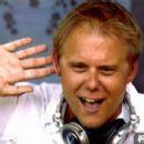 Armin van Buuren - 454 x 248