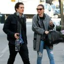 Orlando Bloom and Miranda Kerr return to their apartment on December 13, 2013 in New York City, New York