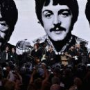 Musicians and inductees perform onstage with inductee Ringo Starr during the 30th Annual Rock And Roll Hall Of Fame Induction Ceremony at Public Hall on April 18, 2015 in Cleveland, Ohio. - 454 x 302