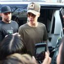 Justin Bieber spotted out for lunch at Il Pastaio in Beverly Hills, California on January 17, 2016
