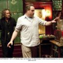 BTS: (L-R) Nicolas Cage, Jon Turteltaub. Ph: Abbot Genser. © 2009 Disney Enterprises, Inc. and Jerry Bruckheimer, Inc. All rights reserved. - 454 x 332