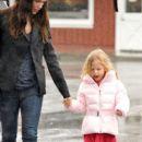 Jennifer Garner & Violet Leaving Brentwood Country Mart