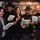 Martina McBride- February 27, 2016- Dave Stewart in Conversation with Martina McBride to Promote New Book 'Sweet Dreams Are Made of This: A Life in Music' - 454 x 347