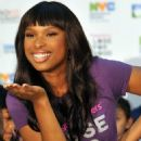 "Jennifer Hudson Launches ""Lose For Good"""