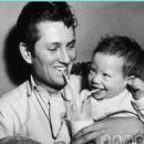 John Blyth Barrymore and dad John Drew Barrymore - 454 x 421