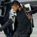 Usher's 2010 MTV VMA Performance