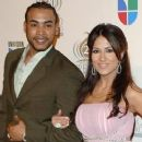 Jackie Guerrido and Don Omar - 250 x 347