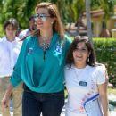 Alicia Machado Campaigns For Hillary Clinton - 454 x 507