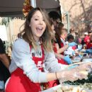 Amanda Crew – LA Mission's Thanksgiving Dinner in Los Angeles 11/23/ 2016 - 454 x 640