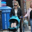 Hilary Duff out in New York City - 454 x 596