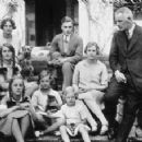David Freeman-Mitford and Sydney Bowles with the children - 454 x 228