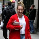 Hilary Duff – Arriving with her puppy to the set of 'Younger' in New York - 454 x 744