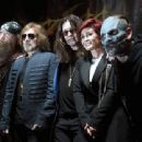 Zakk Wylde, Geezer Butler, singer Ozzy Osbourne, Sharon Osbourne and singer Corey Taylor attend the Ozzy Osbourne and Corey Taylor special announcement at the Hollywood Palladium on May 12, 2016 in Hollywood, California - 454 x 340