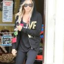 Ashley Tisdale: leaving a quick manicure a Los Angeles