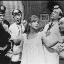 SKYSCRAPER ( 1965 Broadway Musical ) Starring Julie Harris - 454 x 373