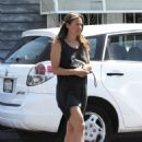 Alicia Silverstone – Leaving Mind Body Acupuncture in Hollywood