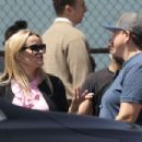 Reese Witherspoon and Zoe Kravitz – Filming a scene for 'Big Little Lies' in Brentwood - 454 x 303