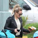 Hilary Duff out in New York City - 454 x 559