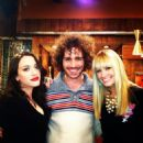 2 Broke Girls (2011) - 454 x 454