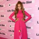 Tyra Banks – 'Life Size 2' Premiere in Hollywood - 454 x 635