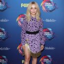 Sabrina Carpenter – 2018 Teen Choice Awards in Inglewood