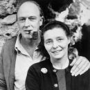 Patricia Neal and Roald Dahl - 389 x 480
