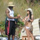 Kim Kardashian - On Vacation In Costa Rica - March 7, 2010 - 454 x 596