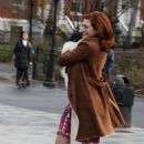 Anne Hathaway – On the set of 'Modern Love' in NYC