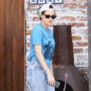 Kristen Stewart – Grabbing lunch at a Cantina in Los Angeles