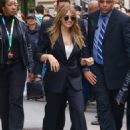 Elizabeth Olsen – Exits Build Series in NY