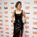 Neve Campbell – 'Castle In The Ground' Premiere – Toronto International Film Festival 2019 - 454 x 662