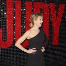 Renee Zellweger – 'Judy' Premiere in Melbourne - 454 x 642