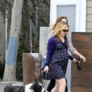 Anna Paquin Goes for a Morning Stroll - 396 x 594