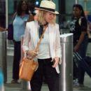 Naomi Watts – Arrives at JFK Airport in NYC - 454 x 771