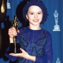 Anna Paquin At The 66th Annual Academy Awards (1994) - Press Room - 454 x 592