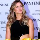 Gisele Bundchen – Opens a Beauty Institute in Santa Cruz Atoyac in Mexico, October 2016